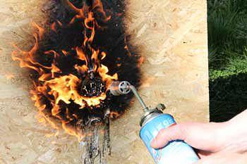 Недостатки СИП домов: горючесть