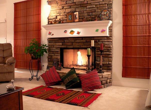 Можно ли в каркасном доме установить камин с трубой в стене?
